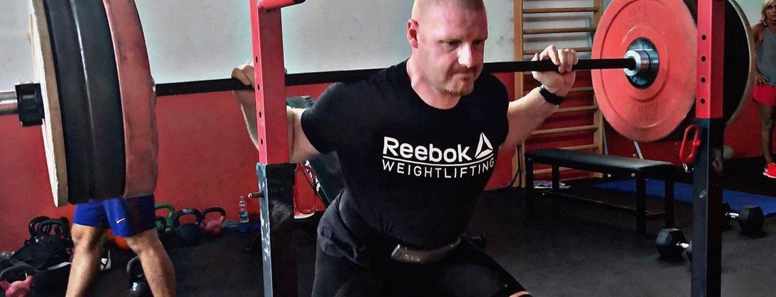 Come si allena un powerlifter? Ecco il workout di Alessandro Mattioli